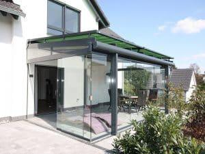 Pose d'un toit de terrasse Sunflex